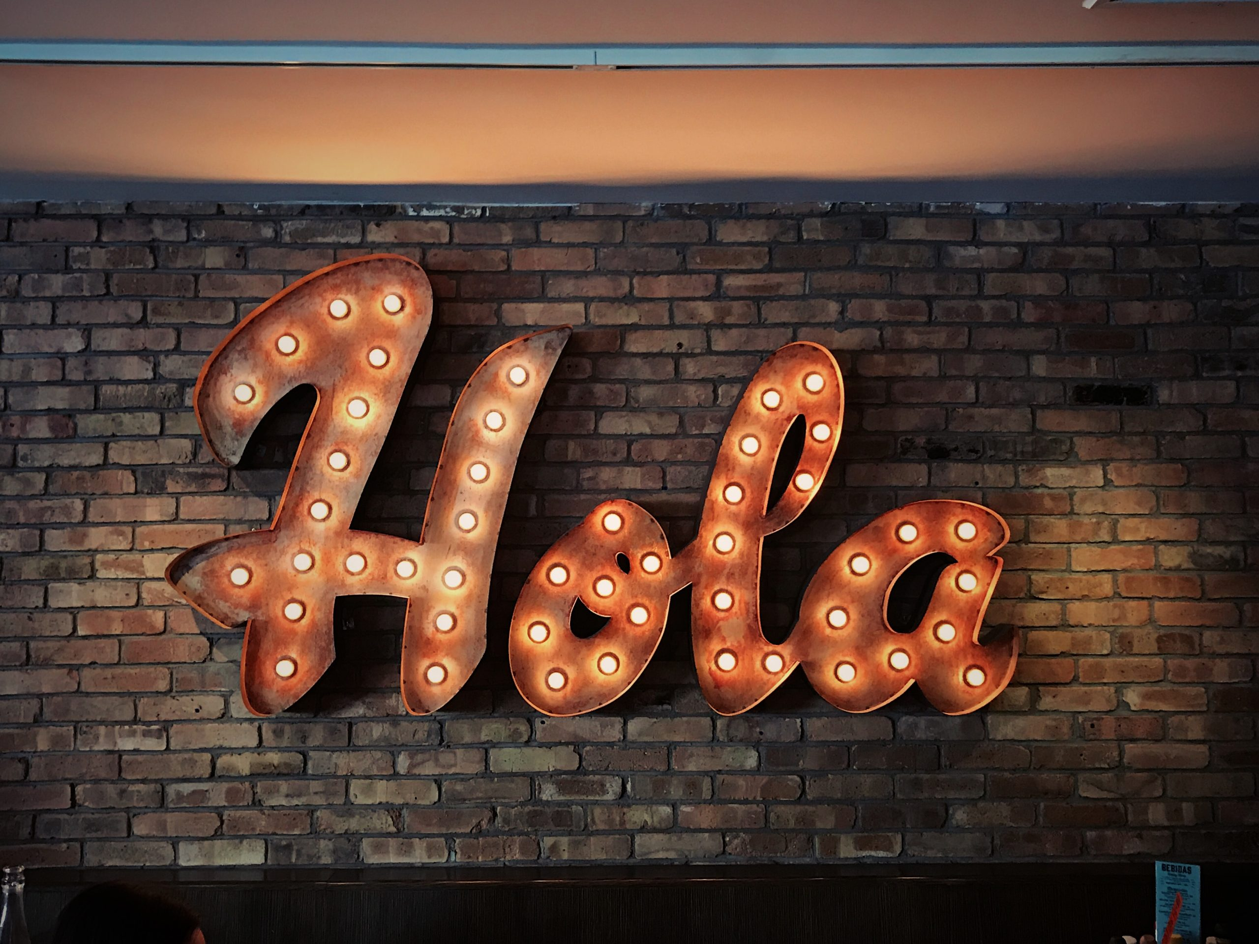 hola light sign